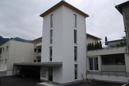 Neubau Kosslismühle Eingang mit Carport 2
