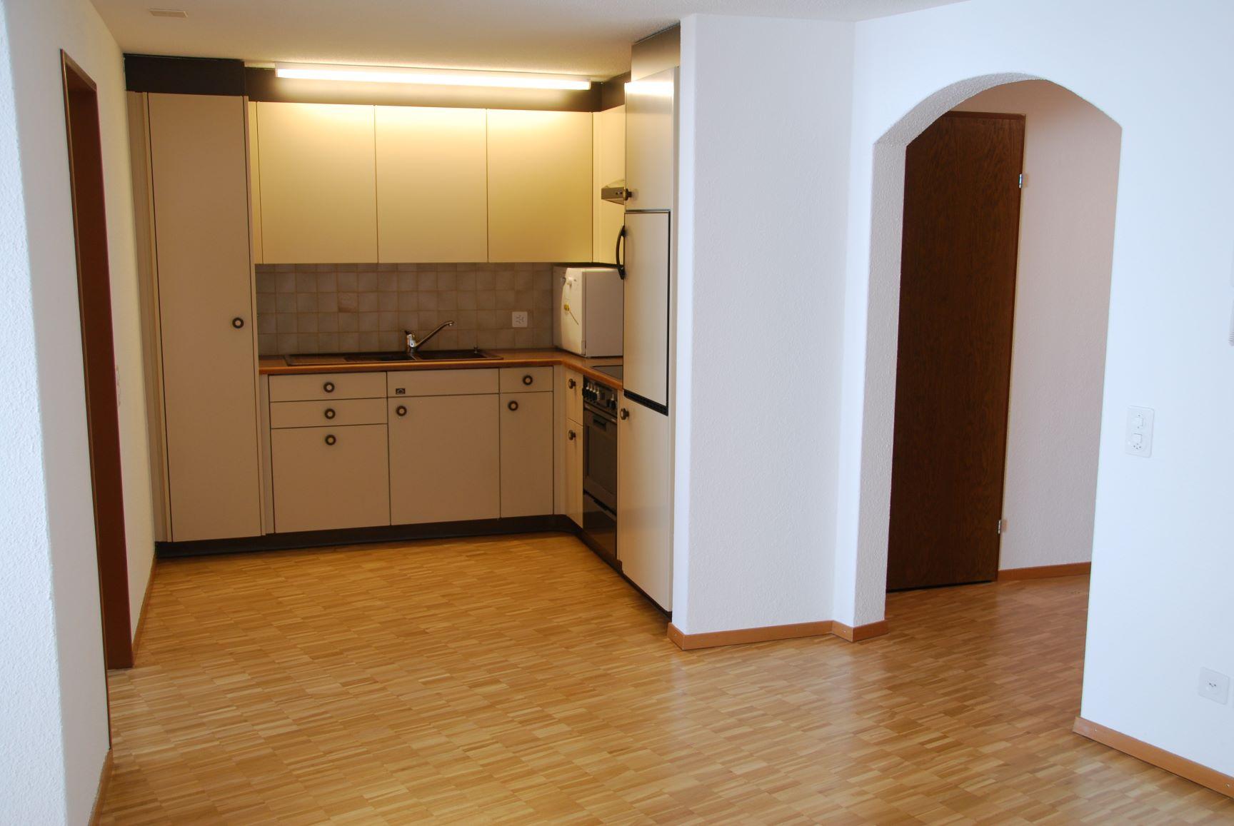 2.5 Zimmerwohnung im 1.OG mit Balkon [G12]
