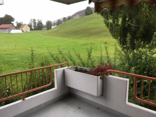 Balkon (Bild von Whg oberhalb im 1.OG)