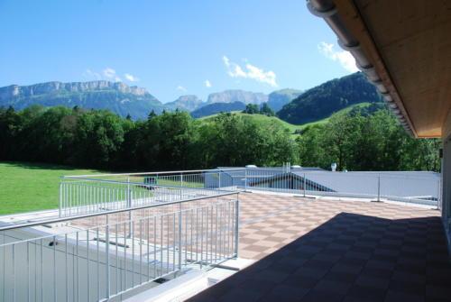 MFH Steinegg_5.5 Zi-Attikawohung_Aussicht von Terrasse_26.06.2011 17-12-17_0003