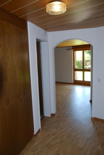 4.5 Zi-Whg A1 Eingang zum Wohnzimmer mit Rundbogen 0043 png